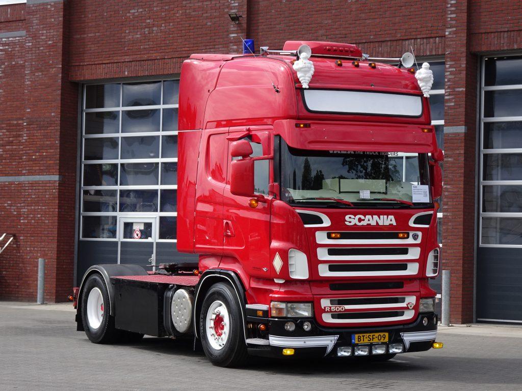 Scania R500 V8 R500 V8 Topline 4x2 - Manual - Retarder - Loudpipe - Show truck - Custom interior - Night cl